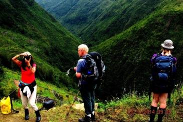 yali papua tribe trekking