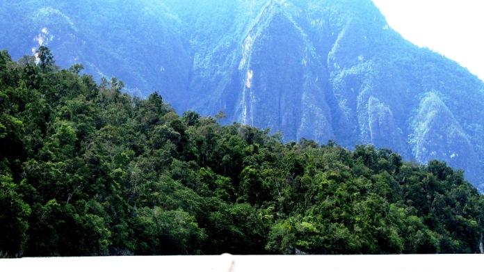 Trekking to Baliem valley papua