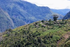 trekking in the baliem valley